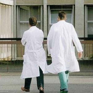 1457816478-0-tre-medici-e-un-infermiere-assenteisti-all-ospedale-di-comiso